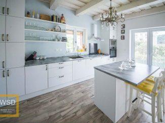 Vintage biela matná kuchyňa