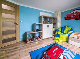 Chlapčenská podkrovná detská izba