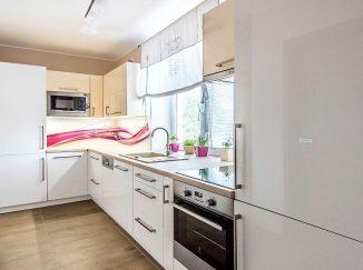 Biela lesklá kuchyňa do L