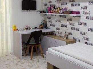 Dievčenská detská izba v neutrálnych farbách