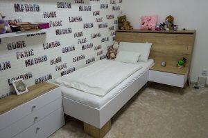 Detská posteľ s periňákom