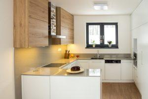 moderná kuchyňa v tvare U