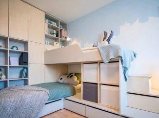 nábytok na mieru do detskej izby svetlé drevo