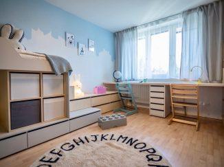 nábytok na mieru do detskej izby pracovný kútik a posteľ