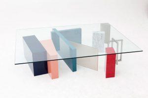 asymetrický nábytok