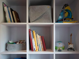 knižnica v detskej izbe